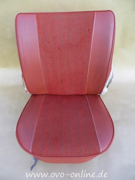 Buckel: Sitz vorne (rot)
